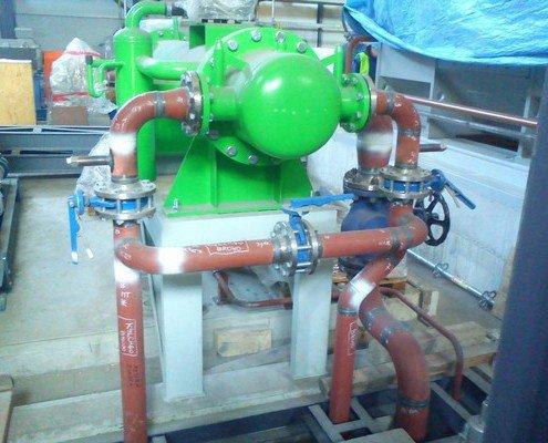 Pripojenie potrubia na kondenzátor ucpávkovej pary z turbíny