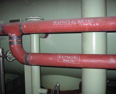 Potrubie kondenzátora zo zbernej nádrže