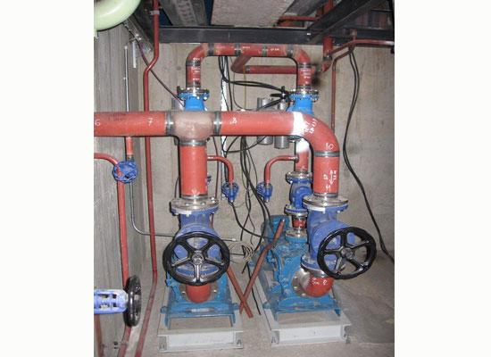 Pumpen Kondensat aus dem Kondensator